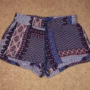 Elastic Waist Shorts. Size Small.